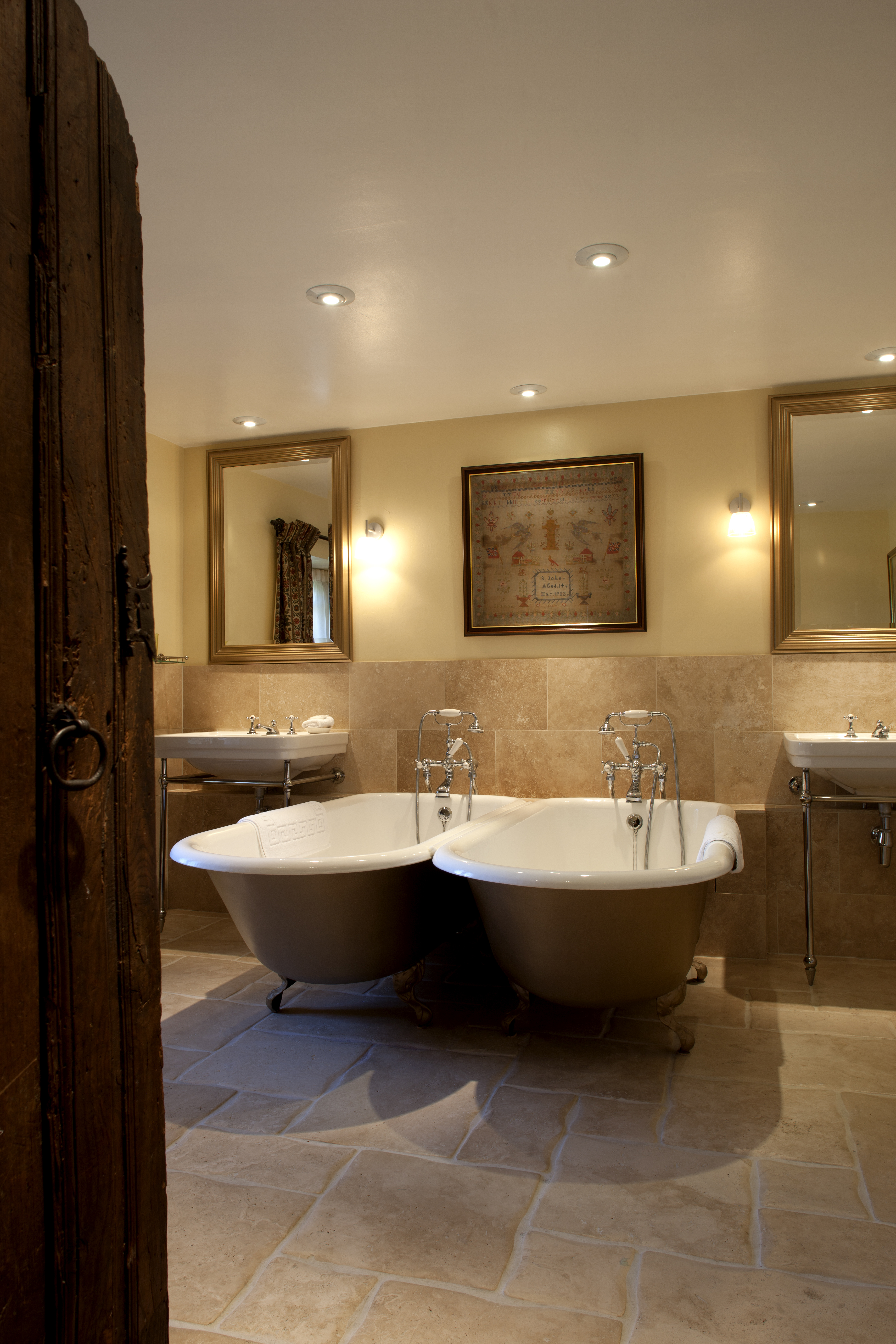 Bailiffscourt Hotel bathroom